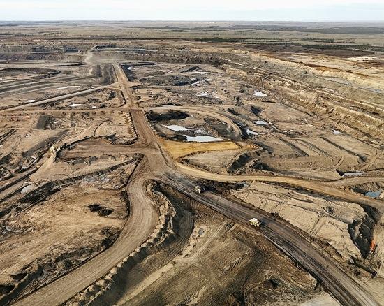 Burtynsky Oil Sands Burtynsky Tar Sands 11 s