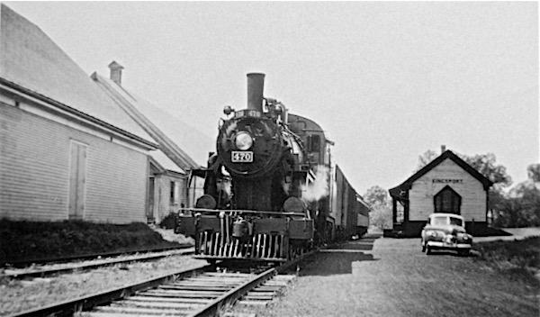 Kingport Train Station - ca early 1940s